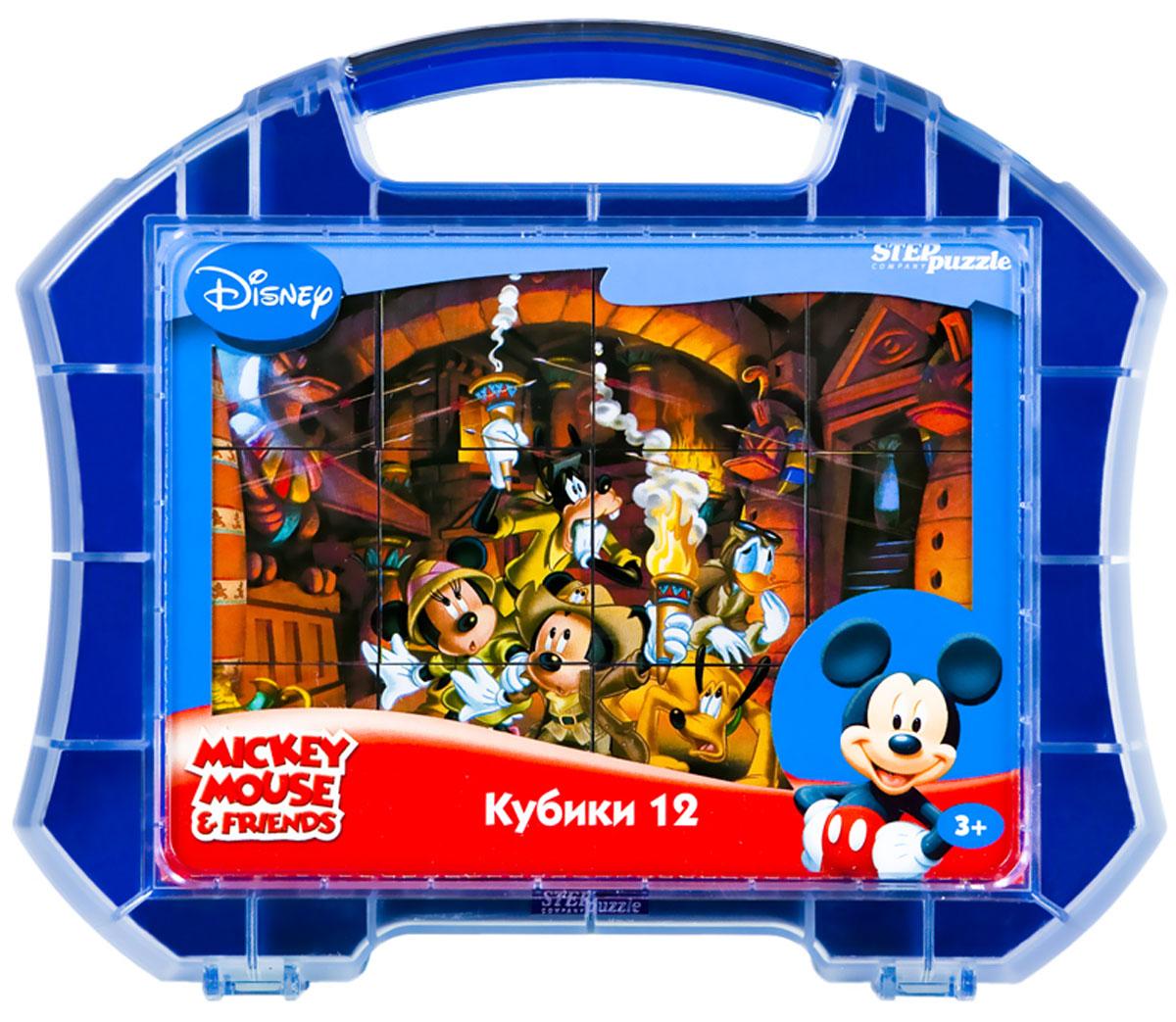 Step Puzzle Кубики Микки Маус в чемоданчике 12 шт87101С помощью кубиков Step Puzzle Микки Маус ребенок сможет собрать целых шесть красочных картинок с любимыми героями мультсериала о Микки Маусе и его друзьях. Наборы из 12 кубиков - для тех, кто освоил навык сборки картинки из 9 кубиков. Заложенный дидактический принцип От простого к сложному позволит ребёнку поверить свои силы. А герои популярных мультфильмов сделают кубики любимой игрушкой. Игра с кубиками развивает зрительное восприятие, наблюдательность, мелкую моторику рук и произвольные движения. Ребенок научится складывать целостный образ из частей, определять недостающие детали изображения. Это прекрасный комплект для развлечения и времяпрепровождения с пользой для малыша.