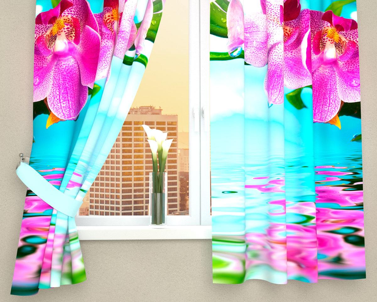 Комплект фотоштор Сирень Тропический цветок, на ленте, высота 160 см03067-ФК-ГБ-002Фотошторы для кухни Сирень Тропический цветок, выполненные из габардина (100% полиэстера), отлично дополнят украшение любого интерьера. Особенностью ткани габардин является небольшая плотность, из-за чего ткань хорошо пропускает воздух и солнечный свет. Ткань хорошо держит форму, не требует специального ухода. Крепление на карниз при помощи шторной ленты на крючки. В комплекте 2 шторы. Ширина одного полотна: 145 см. Высота штор: 160 см. Рекомендации по уходу: стирка при 30 градусах, гладить при температуре до 110 градусов. Изображение на мониторе может немного отличаться от реального. Подхваты в комплект не входят.