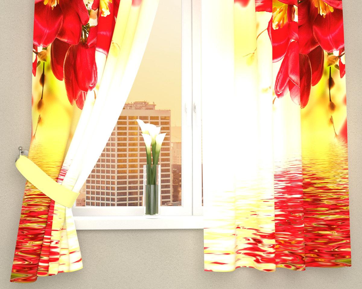 Комплект фотоштор Сирень Букет с красными цветами, на ленте, высота 160 см03560-ФК-ГБ-002Фотошторы для кухни Сирень Букет с красными цветами, выполненные из габардина (100% полиэстера), отлично дополнят украшение любого интерьера. Особенностью ткани габардин является небольшая плотность, из-за чего ткань хорошо пропускает воздух и солнечный свет. Ткань хорошо держит форму, не требует специального ухода. Крепление на карниз при помощи шторной ленты на крючки. В комплекте 2 шторы. Ширина одного полотна: 145 см. Высота штор: 160 см. Рекомендации по уходу: стирка при 30 градусах, гладить при температуре до 110 градусов. Изображение на мониторе может немного отличаться от реального. Подхваты в комплект не входят.