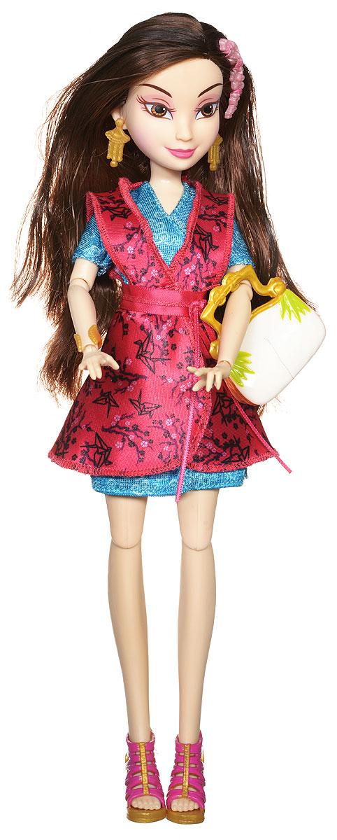 Disney Descendants Кукла ЛонниB3116_ЛонниКукла Descendants Лонни порадует вашу малышку и доставит ей много удовольствия от часов игры. Игрушка изготовлена из безопасного материала. Лонни - дочь Мулан и поэтому ее платье сочетает в себе европейскую классику и китайские традиции. Бордово-бирюзовое атласное платье с широким поясом, украшенное узором в виде бумажных журавликов, выглядит очень стильно. На ногах - высокие плетеные туфли. Длинные мягкие волосы куклы украшены веточкой сакуры. Руки и ноги куклы сгибаются, голова поворачивается. В комплекте с куклой также идет сумочка. Благодаря играм с куклой, ваша малышка сможет развить фантазию и любознательность, овладеть навыками общения и научиться ответственности. Порадуйте свою принцессу таким прекрасным подарком!