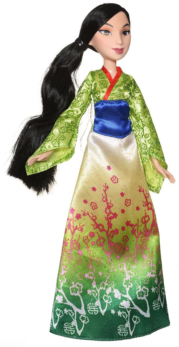 Disney Princess Кукла МуланB6447EU4_B5827Кукла Disney Princess Мулан обязательно привлечет внимание вашей дочурки. Мулан одета в необычное платье в пол, украшенное великолепным узором и широким поясом, и туфельки красного цвета. У куклы милые черты лица и невероятно красивые черные волосы, которые можно расчесывать и заплетать. Подвижные ручки, ножки и голова позволяют куколке принимать множество реалистичных поз. Очаровательная детализированная кукла приведет в восторг вашу малышку и отлично дополнит имеющуюся коллекцию диснеевских принцесс.