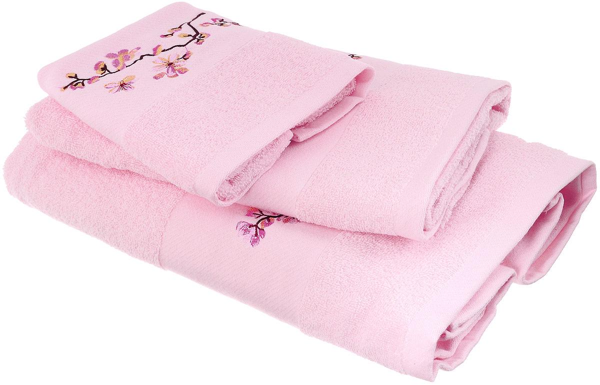 Набор хлопковых полотенец Home Textile, цвет: светло-розовый, желтый, коричневый, 3 штLX-OZ02Набор Home Textile состоит из трех полотенец разного размера, выполненных из качественной натуральной махры (100% хлопок). Изделия украшены изящной вышивкой. Полотенца имеют ворс различной длины, что создает рельефную текстуру, и классический бордюр. Мягкие и уютные, они прекрасно впитывают влагу и легко стираются. Кроме того, хлопковые полотенца отличаются высокой износоустойчивостью и долгим сроком службы. Такой набор полотенец подарит массу положительных эмоций и приятных ощущений.