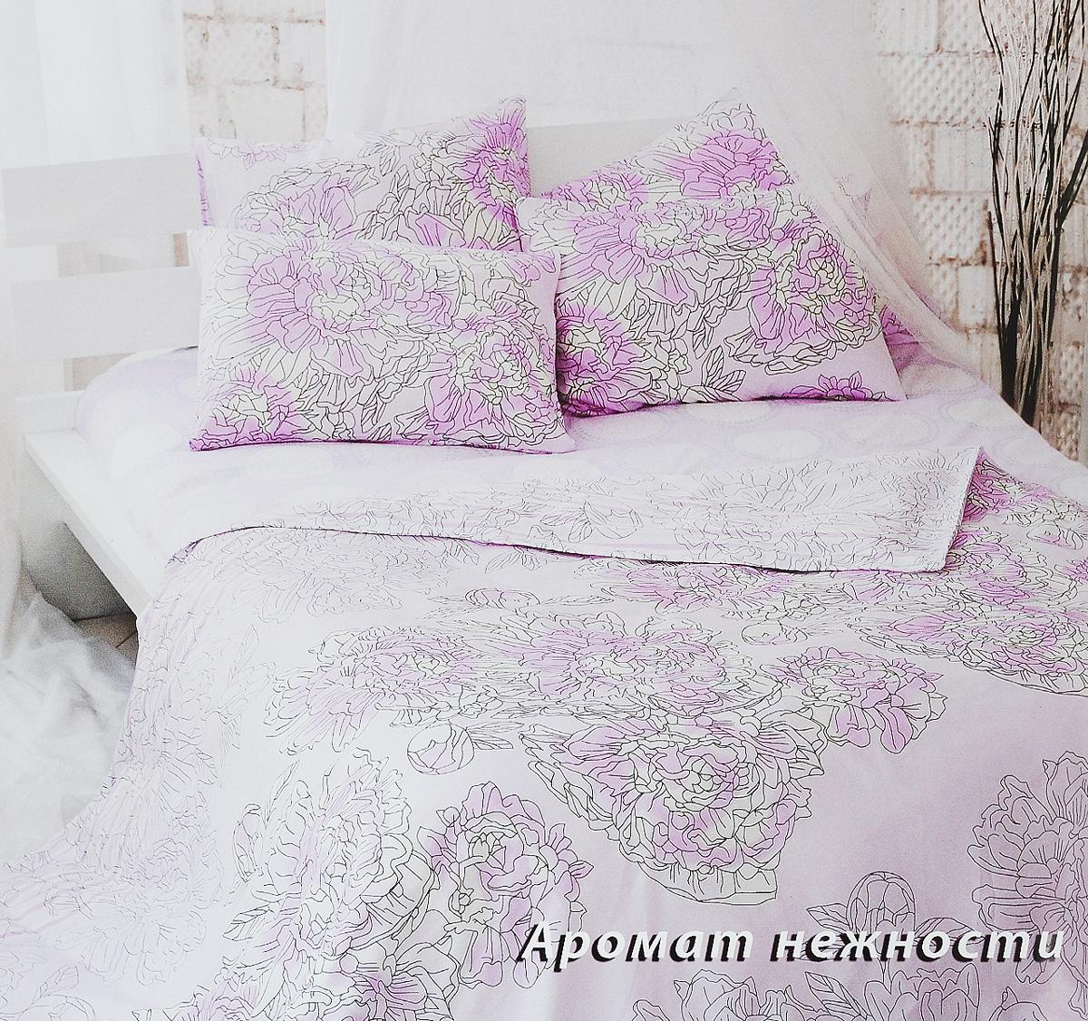 Комплект белья Tiffanys Secret Аромат нежности, 1,5-спальный, наволочки 50х70, цвет: розовый, белый, серый2040815153Комплект постельного белья Tiffanys Secret Аромат нежности является экологически безопасным для всей семьи, так как выполнен из сатина (100% хлопок). Комплект состоит из пододеяльника, простыни и двух наволочек. Предметы комплекта оформлены оригинальным рисунком. Благодаря такому комплекту постельного белья вы сможете создать атмосферу уюта и комфорта в вашей спальне. Сатин - это ткань, навсегда покорившая сердца человечества. Ценившие роскошь персы называли ее атлас, а искушенные в прекрасном французы - сатин. Секрет высококачественного сатина в безупречности всего технологического процесса. Эту благородную ткань делают только из отборной натуральной пряжи, которую получают из самого лучшего тонковолокнистого хлопка. Благодаря использованию самой тонкой хлопковой нити получается необычайно мягкое и нежное полотно. Сатиновое постельное белье превращает жаркие летние ночи в прохладные и освежающие, а холодные зимние - в теплые и согревающие. ...