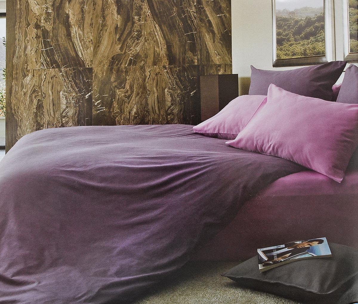Комплект белья Tiffanys Secret Черничные ночи, евро, наволочки 50х70, цвет: фиолетовый, сиреневый2040816124Комплект постельного белья Tiffanys Secret Черничные ночи является экологически безопасным для всей семьи, так как выполнен из сатина (100% хлопок). Комплект состоит из пододеяльника, простыни и двух наволочек. Благодаря такому комплекту постельного белья вы сможете создать атмосферу уюта и комфорта в вашей спальне. Сатин - это ткань, навсегда покорившая сердца человечества. Ценившие роскошь персы называли ее атлас, а искушенные в прекрасном французы - сатин. Секрет высококачественного сатина в безупречности всего технологического процесса. Эту благородную ткань делают только из отборной натуральной пряжи, которую получают из самого лучшего тонковолокнистого хлопка. Благодаря использованию самой тонкой хлопковой нити получается необычайно мягкое и нежное полотно. Сатиновое постельное белье превращает жаркие летние ночи в прохладные и освежающие, а холодные зимние - в теплые и согревающие. Сатин очень приятен на ощупь, постельное белье из...