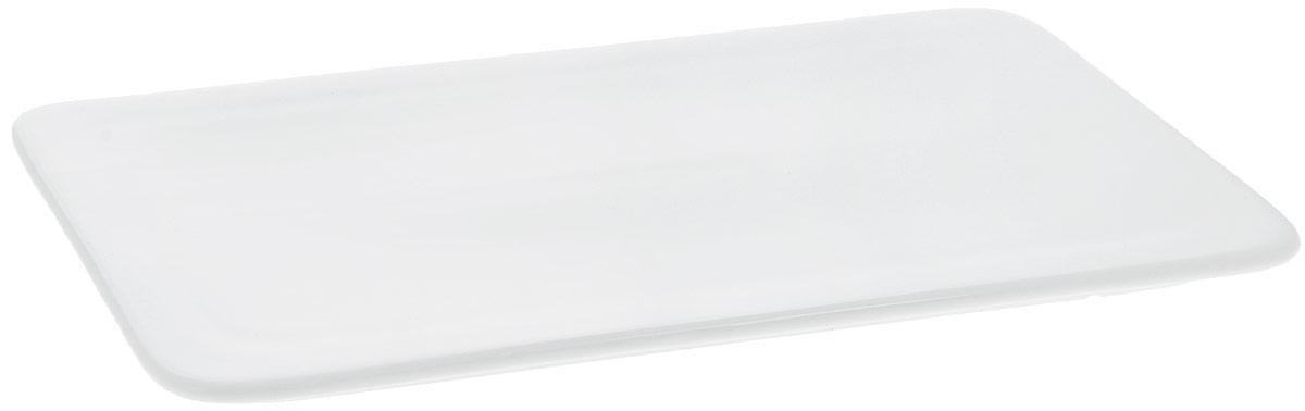 Блюдо Wilmax, прямоугольное, 25,5 х 14,5 см. WL-992635 / AWL-992635 / AБлюдо Wilmax прямоугольной формы изготовлено из высококачественного фарфора с глазурованным покрытием. Материал легкий, тонкий, свет без труда проникает сквозь изделие. Посуда имеет роскошную белизну, гладкость и блеск достигаются за счет особой рецептуры глазури. Изделие обладает низкой водопоглощаемостью, высокой термостойкостью и ударопрочностью, а также экологичностью. Посуда долговечна и рассчитана на постоянное интенсивное использование. Гладкая непористая поверхность исключает проникновение бактерий, изделие не будет впитывать посторонние запахи и сохранит первоначальный цвет. Блюдо плоское, оно прекрасно подойдет для подачи различных блюд, например, закусок, нарезок, сладостей. Такое блюдо украсит ваш праздничный или обеденный стол, а оригинальный дизайн придется по вкусу и ценителям классики, и тем, кто предпочитает утонченность и изысканность. Можно мыть в посудомоечной машине и использовать в микроволновой печи.