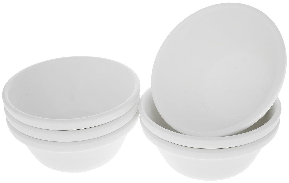 Набор салатников Wilmax, диаметр 11,5 см, 6 штWL-992666 / 6CНабор Wilmax состоит из 6 небольших круглых салатников, выполненных из высококачественного фарфора. Глазурованное покрытие обеспечивает легкую очистку. Белизна и прочность материала достигаются благодаря добавлению в состав фарфора магния и алюминия, а гладкость и роскошный блеск - результат особой рецептуры глазури. Изделия обладают низкой водопоглощаемостью, высокой термостойкостью, а также экологичностью и долговечностью. Салатники отлично подходят для сервировки закусок, соусов, салатов. Легко штабелируются, что позволяет складывать салатники друг в друга и экономить место при хранении. Они практичны, функциональны и имеют лаконичный классический дизайн. Такой набор салатников станет отличным приобретением для вашей кухни. Можно мыть в посудомоечной машине и использовать в микроволновой печи. Диаметр салатника (по верхнему краю): 11,5 см. Высота салатника: 5 см.