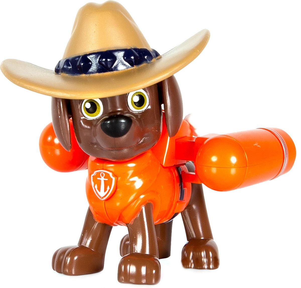 Paw Patrol Фигурка Cowboy Zuma16655_20070722Щенячий патруль - популярный мультфильм, завоевавший миллионы детских сердец во всем мире. Он повествует о приключениях спасательной команды, которая состоит из собачек разных пород, дружных и веселых. Они всегда готовы прийти на помощь и защитить жителей Бухты Приключений от всевозможных напастей. Фигурка щенка-спасателя Paw Patrol Cowboy Zuma станет отличным подарком для любого поклонника мультфильма. У щенка на спине закреплен рюкзак-трансформер с уникальными функциями, знакомыми по мультфильму. При нажатии на кнопку, расположенную на груди, из рюкзака выдвигаются мощные турбины. Голова фигурки вращается. Игрушка изготовлена из качественных и безопасных материалов.