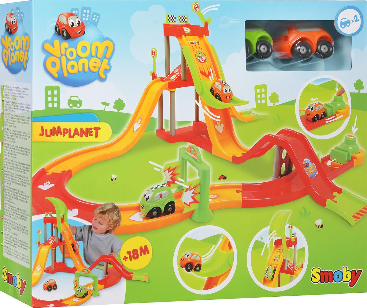 Smoby Игрушечный трек Jumplanet211121Игрушечный трек Smoby Jumplanet представляет собой набор, в который входят машинки и элементы для сборки трека. После сборки по треку будут скатываться машинки, минуя препятствия. Специальное пусковое устройство заставляет машинки двигаться с ускорением. В набор входят 2 специальные машинки, так что с одним треком могут играть двое детей. Благодаря тому, что детали довольно крупные, ребенок сам сможет собрать автотрек и устроить настоящие гонки. Яркий гоночный трек обязательно понравится всем маленьким любителям автомобилей и гонок.