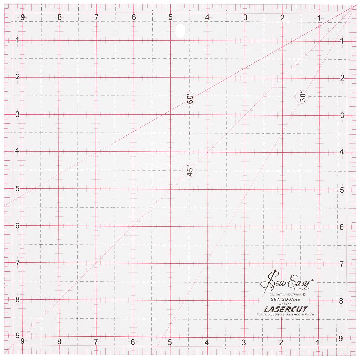 Линейка квадратная для пэчворка Hemline Sew Easy, с градицей в дюймах, 9,5 x 9,5. NL4158NL4158Лекало среднего размера для вырезания квадратов разных размеров до максимального - 9,5 дюйма. Также подходит для вырезания полосок ткани шириной 9,5 дюйма. Идеально для создания блоков, треугольников. Линия под углом 45° используется для создания косых беек. Линия под углом 60 ° подходит для создания равносторонних треугольников. Подходит для праворуких и леворуких людей. Идеально для пошива предметов домашнего декора.