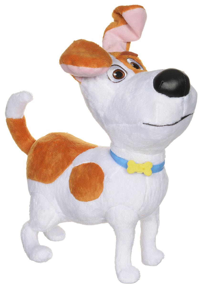 Secret Life of Pets Мягкая игрушка Терьер Макс 30 см72805_0004_СобакаМакс - это главный герой мультфильма, красивый маленький терьер, который очень сильно любит свою хозяйку и занимается очень важным и непростым делом - постоянно ждет ее у двери и скучает. Он очень добрый и справедливый, однако, все в корне меняется, когда владелица обзаводится еще одной собакой дворового происхождения Дюком, который безумно не нравится Максу. Он пытается всеми силами выгнать его из дома, чтобы остаться единственным любимчиком и не делить с ним кров. Но все меняется, когда банда во главе с Кроликом замышляет плохое и им приходится действовать совместно. Мягкая игрушка Secret Life of Pets Терьер Макс - прекрасный подарок для каждого поклонника мультфильма Тайная жизнь домашних животных. Игрушка изготовлена из качественного и безопасного материала.