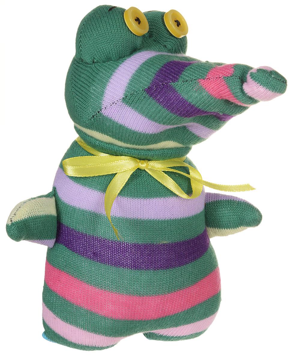 Авторская игрушка - носуля YusliQ Крокодил. Ручная работа. kuri35kuri35Авторская игрушка-носуля Крокодил из серии Тотем - яркая игрушка, искрящаяся позитивом и отличным настроением, станет необычным и прекрасным сюрпризом для друзей и знакомых! Очаровательный крокодил, выполненный вручную из трикотажного материала, не оставит вас равнодушными и обязательно вызовет улыбку. Эта милая и симпатичная игрушка, покорит сердца детей и взрослых, и послужит замечательным подарком! Крокодил - не только замечательный сувенир ручной работы и великолепная идея для подарка, но и яркое интерьерное украшение. Такая игрушка поможет создать в доме атмосферу уюта, тепла, творчества и отличного настроения! Яркая авторская игрушка подарит позитив и отличное настроение, станет необычным и прекрасным сюрпризом для друзей и знакомых!