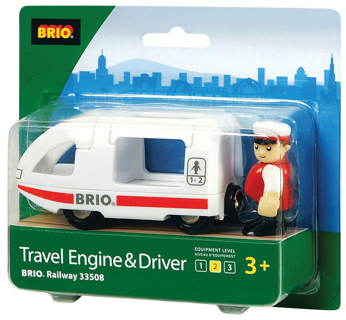 Brio Поезд-купе с машинистом33508Вашему ребенку обязательно пригодится в игре с железной дорогой игрушка Brio Поезд-купе с машинистом. Этот поезд выполнен из пластика и металла, окрашен нетоксичной краской. Имеет металлические втулки колес и магнитное соединение для вагонов. Кабина машиниста и крыша купе открываются. В комплекте с поездом идет фигурка машиниста. Железные дороги позволяют ребенку не только получать удовольствие от игры, но и развивать пространственное воображение, мелкую моторику и координацию движений.