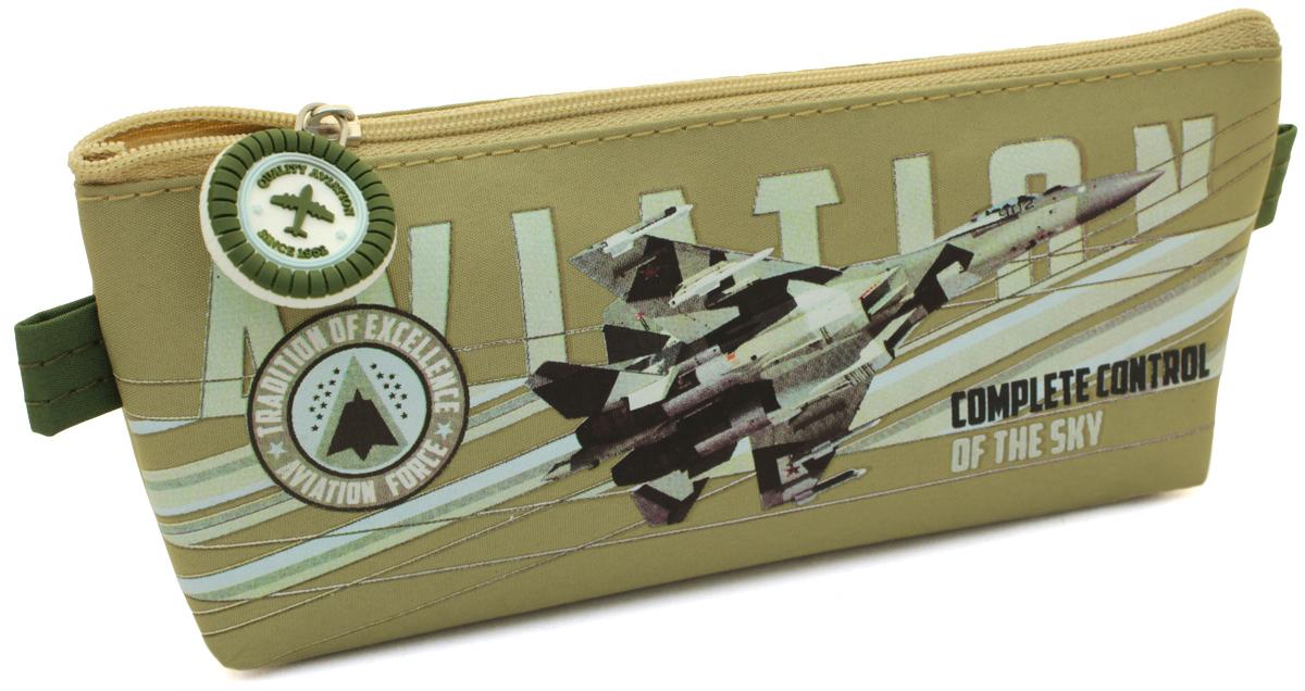 Феникс+ Пенал Военный самолет34749Пенал школьный. Без наполнения. Размер: 21x3.5х8см. Материал: нейлон Предназначен для школьников 6-16 лет. Застежка-молния, фигурная собачка.