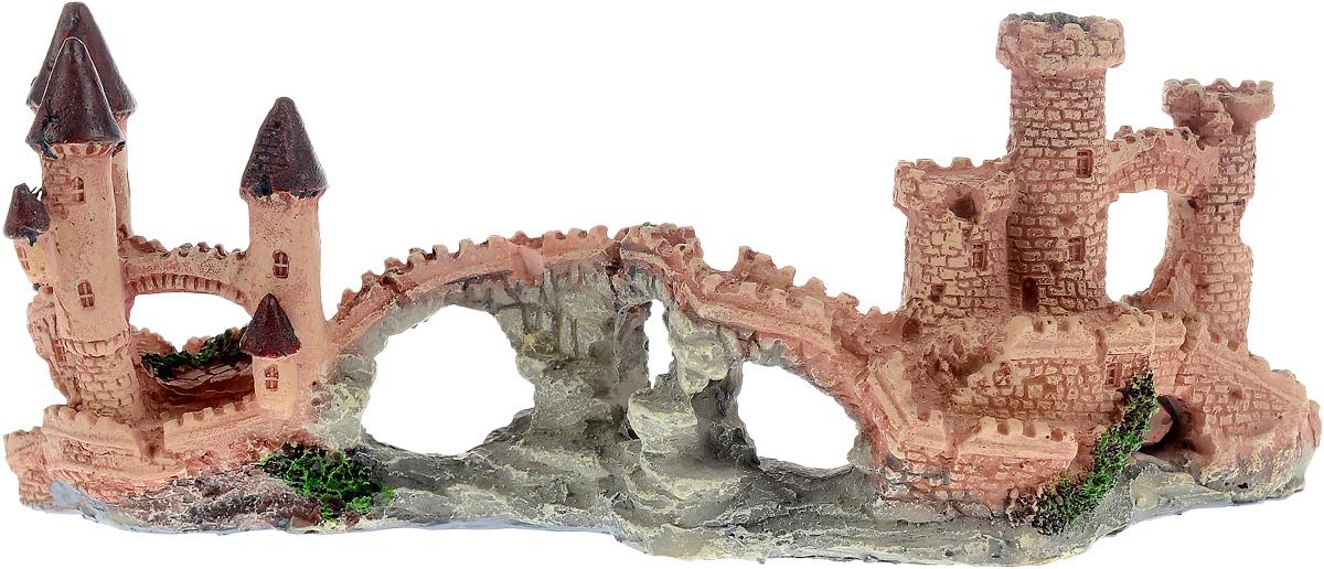 Декорация для аквариума Barbus Замок, 22 х 7,5 х 10 смDecor 004Декорация для аквариума Barbus Замок, выполненная из высококачественного нетоксичного полирезина, станет прекрасным украшением вашего аквариума. Изделие отличается реалистичным исполнением с множеством мелких деталей и отверстий. Ведь многие обитатели аквариума используют декорации как укрытия, в которых они живут и размножаются. Декорация абсолютно безопасна, нейтральна к водному балансу, устойчива к истиранию краски, подходит как для пресноводного, так и для морского аквариума. Благодаря декорациям Barbus вы сможете смоделировать потрясающий пейзаж на дне вашего аквариума или террариума.