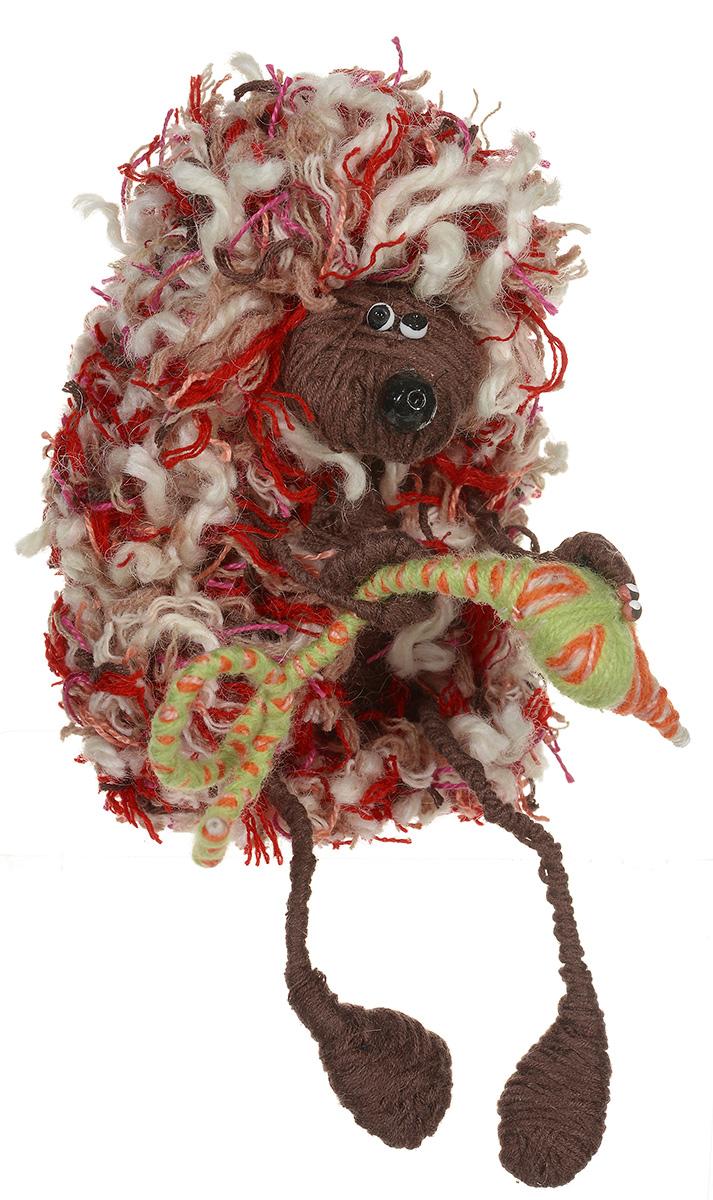 Дизайнерская игрушка YusliQ Ловец змей. Авторская работа.yi1yi1Дизайнерская игрушка «Ловец змей» из серии Тотем, выполненный из шерстяной нити, проволоки, полимерной глины и текстиля, — это не только замечательный сувенир ручной работы и великолепная идея для подарка, но и яркое интерьерное украшение, которое поможет создать в доме атмосферу уюта, тепла, творчества и отличного настроения!