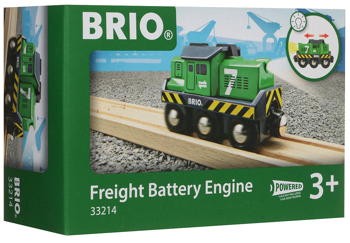 Brio Паровоз-локомотив цвет зеленый33214Вашему ребенку обязательно пригодится в игре с железной дорогой игрушка Brio Паровоз-локомотив. Этот маленький локомотив выполнен из пластика и металла и окрашен нетоксичной краской. Имеет металлические втулки колес и магнитное соединение для вагонов. Паровоз может двигаться вперед и назад. Движение сопровождается светом передней фары. Железные дороги позволяют ребенку не только получать удовольствие от игры, но и развивать пространственное воображение, мелкую моторику и координацию движений. Для работы игрушки необходима 1 батарейка АА (не входит в комплект).