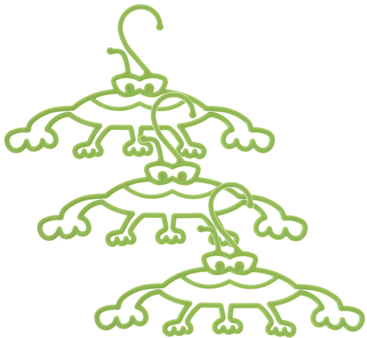 Набор вешалок Пластишка, с крючками, цвет: салатовый, 3 штС13024Набор вешалок для одежды Пластишка, изготовленный из прочного полипропилена, состоит из 3 детских вешалок для одежды с закругленными плечиками. Изделия оснащены крючками. В составе вешалок не используется бисфенол А, что делает их использование гораздо безопаснее. Забавный дизайн вешалок порадует как детей, так и их родителей. Вешалка - это незаменимая вещь для того, чтобы ваша одежда всегда оставалась в хорошем состоянии. Комплектация: 3 шт.