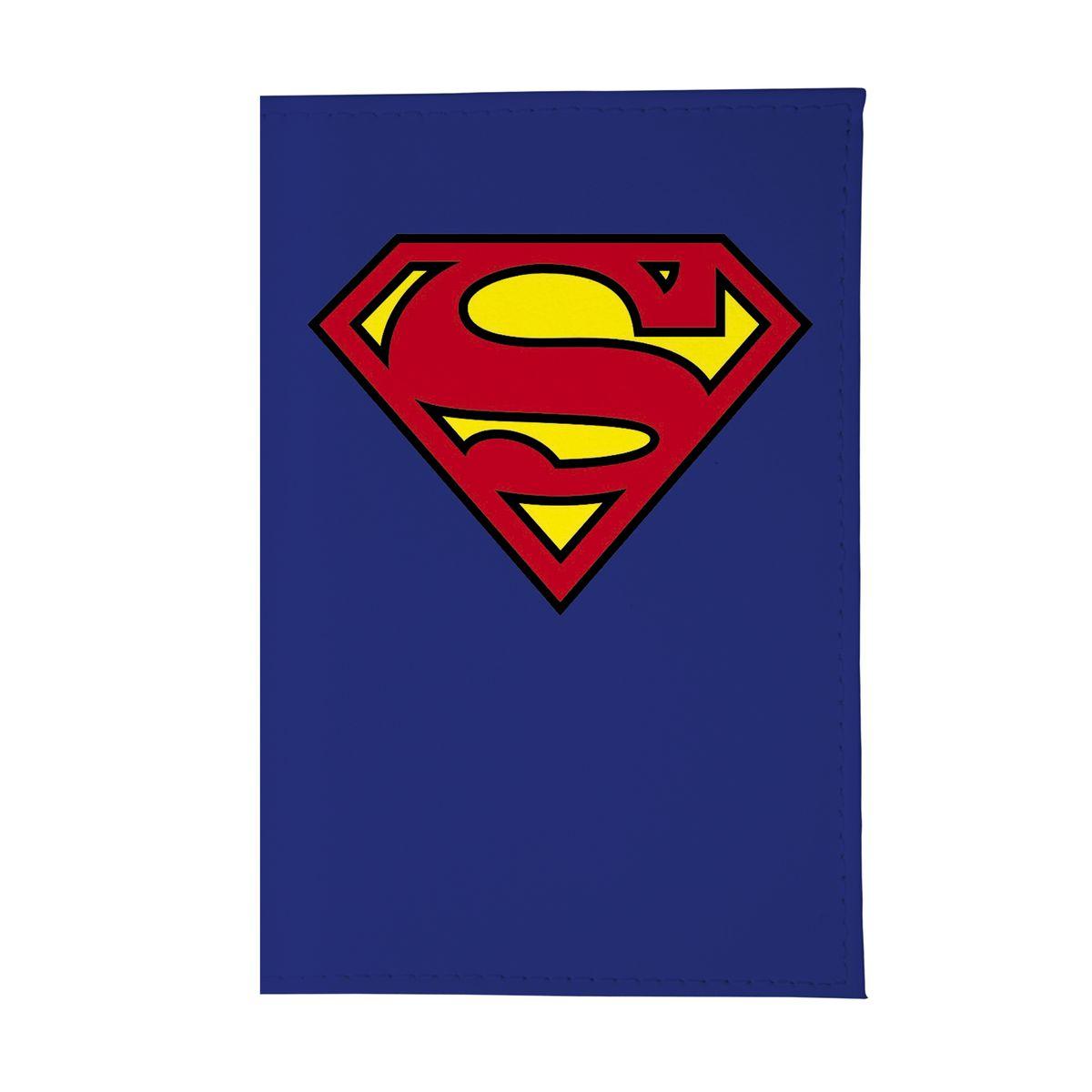 Обложка для автодокументов Супермен. AUTOZAM004AUTOZAM004Стильная обложка для автодокументов Mitya Veselkov не только поможет сохранить внешний вид ваших документов и защитить их от повреждений, но и станет стильным аксессуаром, идеально подходящим вашему образу. Она выполнена из ПВХ, внутри имеет съемный вкладыш, состоящий из шести файлов для документов, один из которых формата А5.