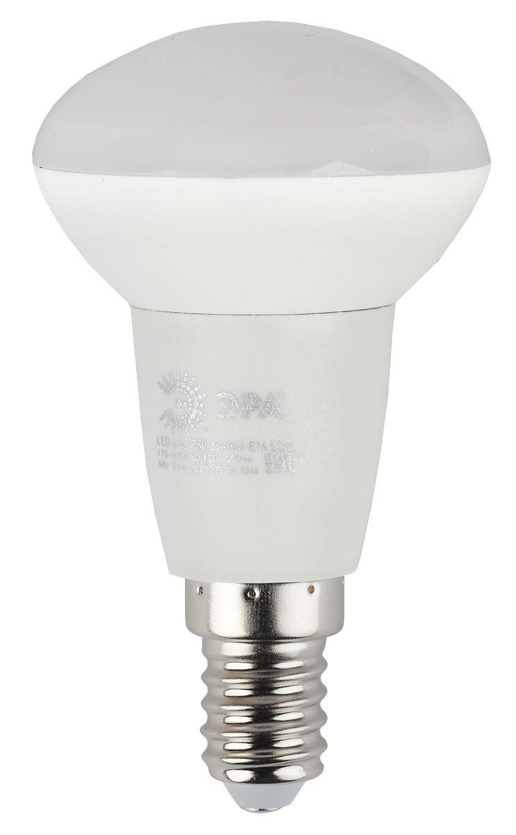 Лампа светодиодная ЭРА, цоколь E14, 170-265V, 6W, R50, 2700К5055945536614Светодиодная лампа ЭРА является самым перспективным источником света. Основным преимуществом данного источника света является длительный срок службы и очень низкое энергопотребление, так, например, по сравнению с обычной лампой накаливания светодиодная лампа служит в среднем в 50 раз дольше и потребляет в 10-15 раз меньше электроэнергии. При этом светодиодная лампа практически не подвержена механическому воздействию из-за прочной конструкции и позволяет получить любой цвет светового потока, что, несомненно, расширяет возможности применения и позволяет создавать новые решения в области освещения. Особенности серии Eco: Предназначена для обычного потребителя Цена ниже, чем цена компактной люминесцентной лампы Световая отдача источников света - 70-80 лм/Вт Срок службы составляет 25000 часов Гарантия - 1 год. Работа в цепи с выключателем с подсветкой не рекомендована.
