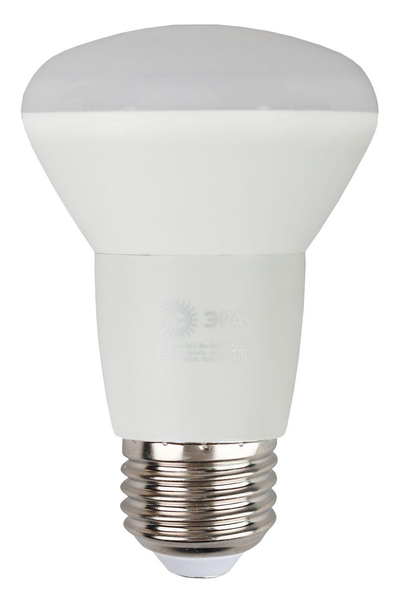 Лампа светодиодная ЭРА, цоколь E27, 170-265V, 8W, 2700К5055945537529Светодиодная лампа ЭРА является самым перспективным источником света. Основным преимуществом данного источника света является длительный срок службы и очень низкое энергопотребление, так, например, по сравнению с обычной лампой накаливания светодиодная лампа служит в среднем в 50 раз дольше и потребляет в 10-15 раз меньше электроэнергии. При этом светодиодная лампа практически не подвержена механическому воздействию из-за прочной конструкции и позволяет получить любой цвет светового потока, что, несомненно, расширяет возможности применения и позволяет создавать новые решения в области освещения. Особенности серии Eco: Предназначена для обычного потребителя Цена ниже, чем цена компактной люминесцентной лампы Световая отдача источников света - 70-80 лм/Вт Срок службы составляет 25000 часов Гарантия - 1 год. Работа в цепи с выключателем с подсветкой не рекомендована.