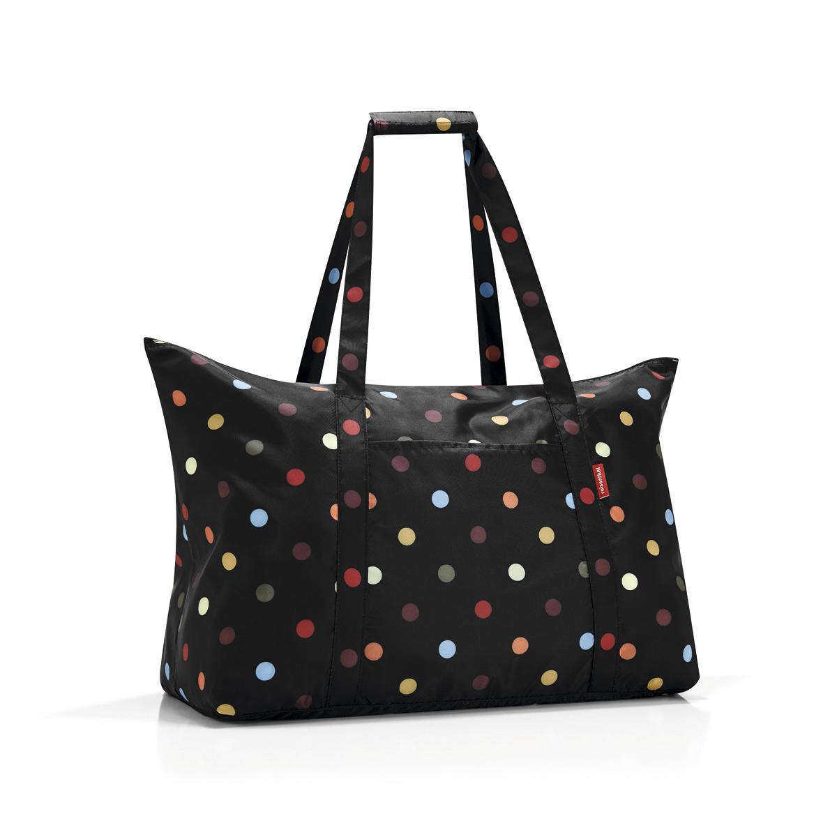 Сумка складная женская Reisenthel Mini maxi travelbag dots, цвет: черный. AG7009AG7009Идеальный компаньон для путешествий, ведь из поездки мы всегда возвращаемся со множеством сувениров и покупок. Так что еще одна сумка пригодится. Она легко складывается в маленький чехол, которые можно взять с собой в сумке или рюкзаке. Так же можно использовать для похода за продуктами. Внутренний объем сумки - 30 литров. Есть внешний кармашек для мелочей. Для удобства ручки сумки можно соединить между собой.