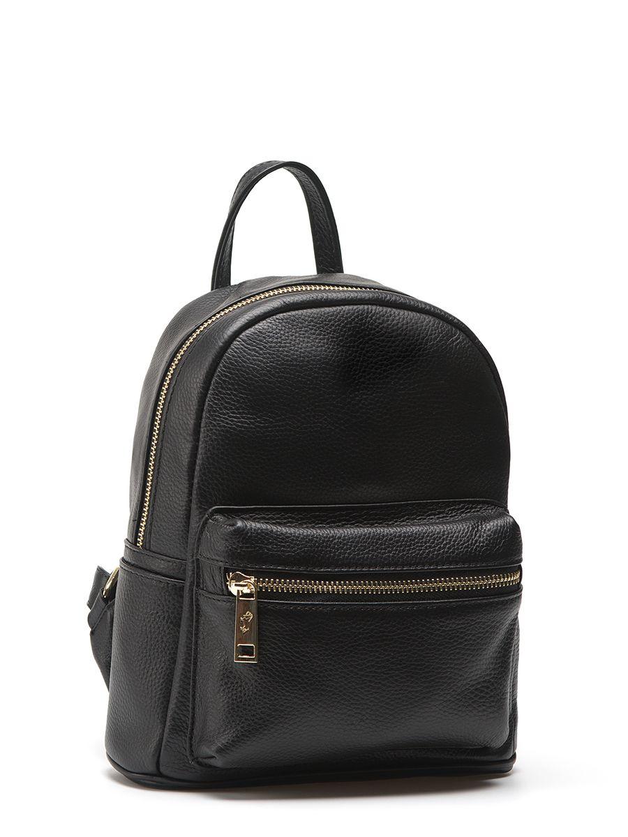 Рюкзак Labbra L-85028 blackL-85028Женский рюкзак торговой марки LABBRA из натуральной кожи. Рюкзак закрывается на металлическую молнию. Внутри - одно отделение, в котором есть карман на молнии и открытый карман. Рюкзак имеет карман на передней стенке. Высота маленькой ручки - 9 см. Длина лямки рюкзака - 75 см.