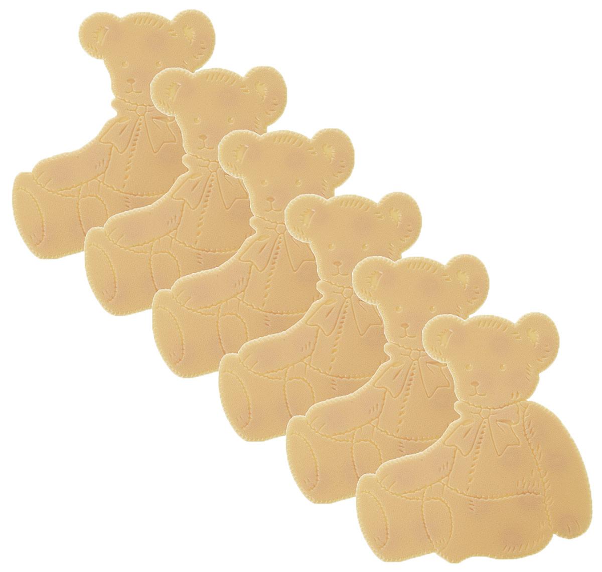 Valiant Мини-коврик для ванной комнаты Медвежонок на присосках 6 штK6-12Мини-коврик для ванной комнаты Valiant Медвежонок - это модный и экономичный способ сделать вашу ванную комнату более уютной, красивой и безопасной. В наборе представлены 6 мини-ковриков в виде забавных медвежат. Коврики прочно крепятся на любую гладкую поверхность с помощью присосок. Расположите коврик там, где вам необходимо яркое цветовое пятно и надежная противоскользящая опора - на поверхности ванной, на кафельной стене или стенке душевой кабины, на полу - как дополнение вашего коврика стандартного размера. Мини-коврики Valiant незаменимы при купании маленького ребенка: он не поскользнется и не упадет, держась за мягкую и приятную на ощупь рифленую поверхность коврика. Рекомендации по уходу: после использования тщательно смойте остатки мыла или других косметических средств с коврика.