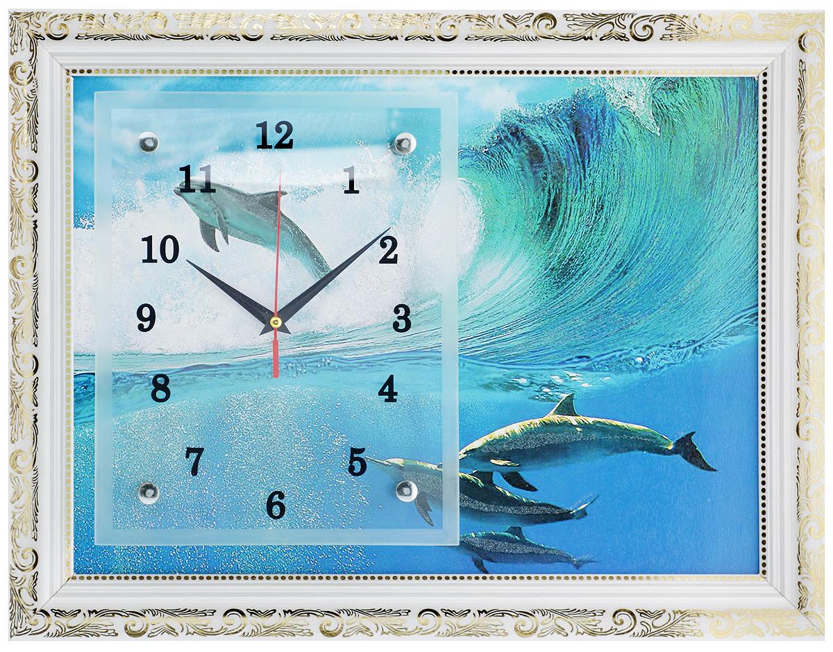Часы-картина настенные Proffi Home Дельфины, 35 х 45 смВ23Настенные кварцевые часы-картина Proffi Home Дельфины, изготовленные из ДВП и стекла, прекрасно подойдут под интерьер вашего дома. Прямоугольные часы имеют три стрелки: часовую, минутную и секундную. Изделие оформлено белой рамкой с золотым узором. Часы работают от 1 батарейки типа АА напряжением 1,5 В (не входит в комплект). Размер изделия (с учетом рамки): 35 х 45 х 3 см. Размер часов: 20 х 25 см.