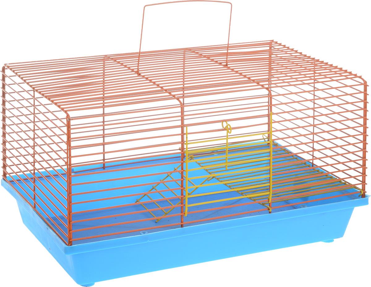 Клетка для хомяка ЗооМарк, 2-этажная, цвет: синий поддон, оранжевая решетка, 36 х 23 х 20 см111_синий, оранжевыйДвухэтажная клетка Зоомарк, выполненная из полипропилена и металла, подходит для хомяков или других небольших грызунов. Она имеет яркий поддон, удобна в использовании и легко чистится. Сверху имеется ручка для переноски. Такая клетка станет уединенным личным пространством и уютным домиком для маленького грызуна.