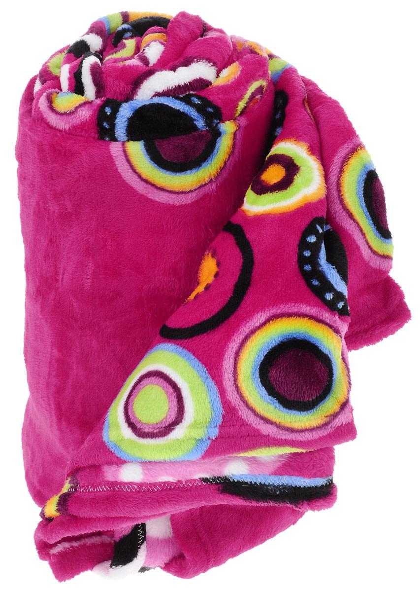 Плед Absolute, цвет: розовый , 150 х 200 см74911_розовыйПлед Absolute - это идеальное решение для вашего интерьера. Плед, выполненный из 100% полиэстера, порадует вас легкостью, нежностью и оригинальным дизайном. Полиэстер считается одной из самых популярных тканей. Это материал синтетического происхождения из полиэфирных волокон. Внешне такая ткань схожа с шерстью, а по свойствам близка к хлопку. Изделия из полиэстера не мнутся и легко стираются. После стирки очень быстро высыхают. Плед - это такой подарок, который будет всегда актуален, особенно для ваших родных и близких, ведь вы дарите им частичку своего тепла!