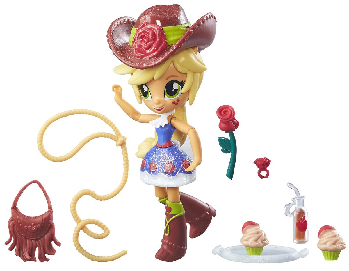 My Little Pony Equestria Girls Мини-кукла Applejack School DanceB4909_B8026Мини-кукла My Little Pony Equestria Girls Applejack School Dance - само воплощение очарования! Широко открытые зеленые глаза, милая улыбочка, яблочки на щеке, а также неизменный ковбойский костюм - так выглядит эта куколка. У куклы подвижные руки и ноги, они легко сгибаются. Придумывать игры с такой куколкой легко и приятно, она запросто примет нужное положение. Мини-кукла Applejack - обладательница большой ковбойской шляпы, длинной светлой косы. На ней несъемный наряд, представленный блестящим платьем и высокими коричневыми сапожками с набивным рисунком. Набор включает в себя куклу и множество аксессуаров. Порадуйте свою малышку таким замечательным подарком!
