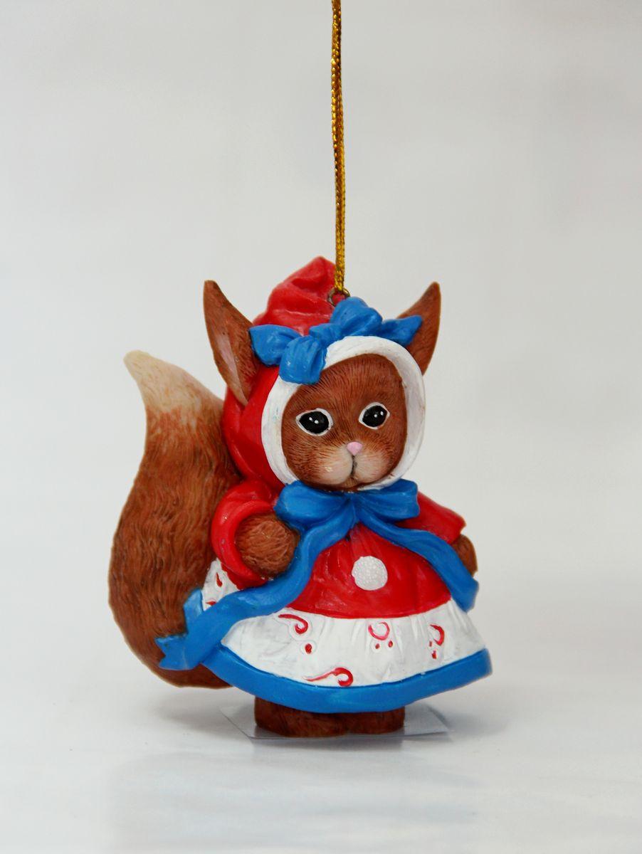 Украшение новогоднее Magic Time Милая белочка, подвесное, цвет: коричневый, красный, 5,3 х 4 х 7,5 см38309
