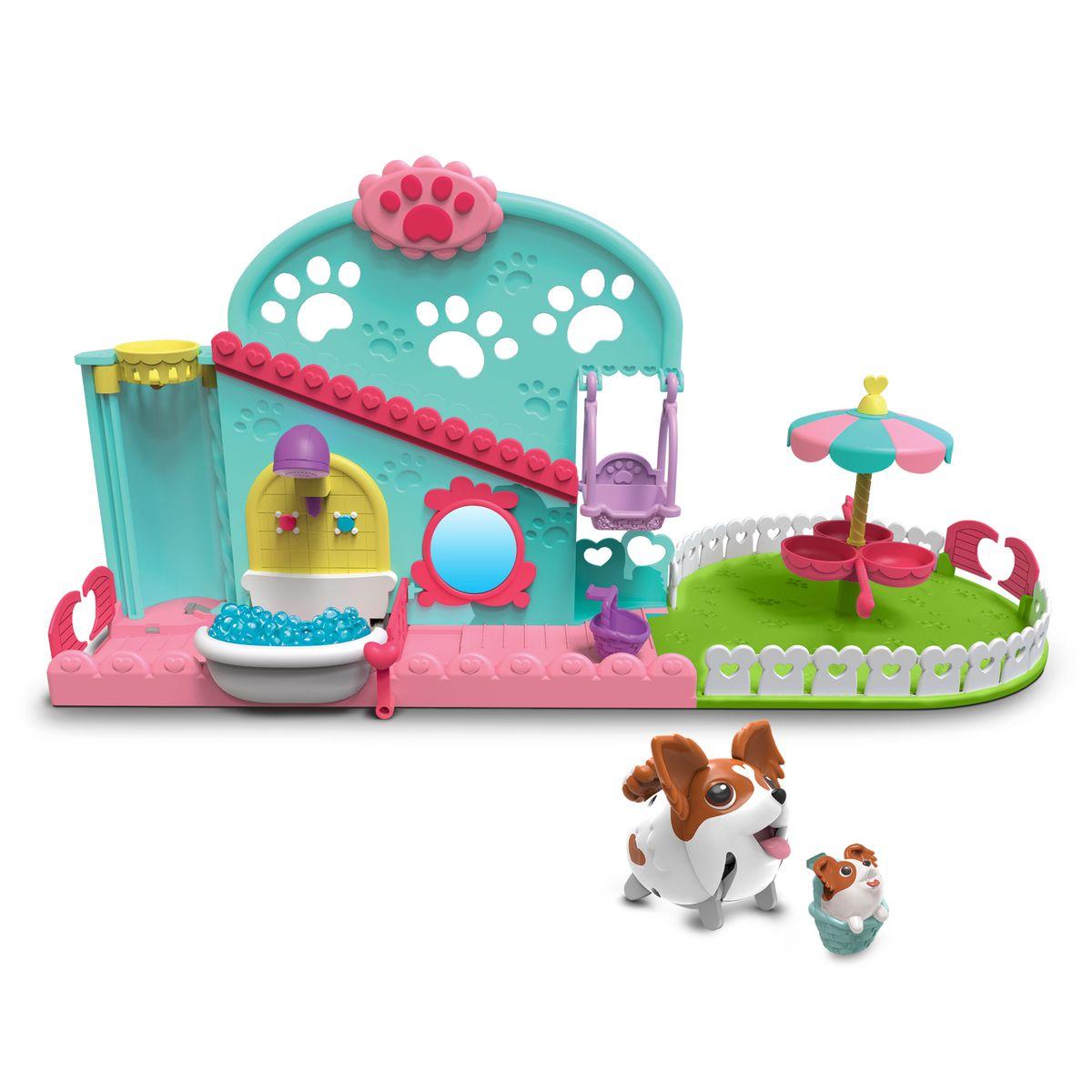 Chubby Puppies Игровой набор56714В наборе домик Chubby Puppies, в домике ванна с пузырями, горка для веселых игр и карусель. Собака ходит и крутит своего щенка на карусели.
