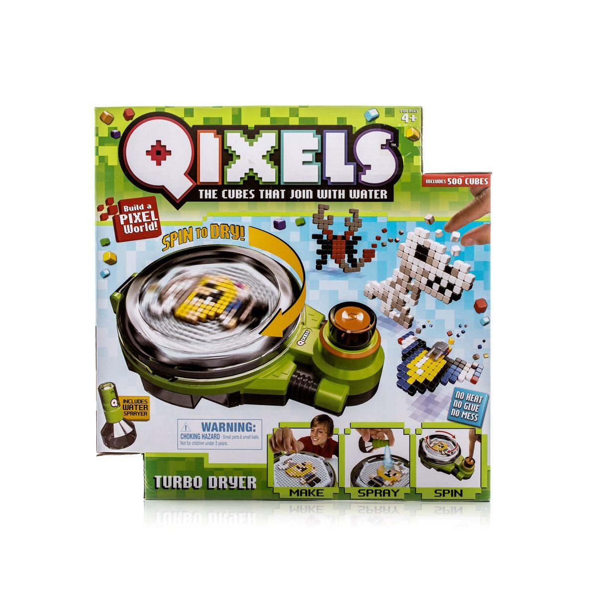 Qixels Набор для творчества Турбо сушкаQ87008Наборы для хобби и творчества Qixels (Квикселс) – это миниатюрные разноцветные кубики, которые скрепляются с помощью обыкновенной воды! Создайте фигурку, смочите её водой, поместите в турбо-сушку и дождитесь полного высыхания. Всего через каких-то 15 минут Ваша фигурка будет готова и с ней можно играть как с обычной игрушкой! Игровой набор подойдет как для мальчиков, так и для девочек. Вы можете использовать готовые лекала, входящие в комплект набора или фантазировать на свободные темы! В комплект набора входит: 1 x Турбо сушка; 500 x кубиков; 2 x дизайн лотка; 4 x дизайн лекала; 2 x Опоры; 2 x Базы; 2 x Аксессуара; 1 x бирка и нить; 1 x емкость для хранения кубиков; 1 x распылитель для воды; 1 x инструкция.