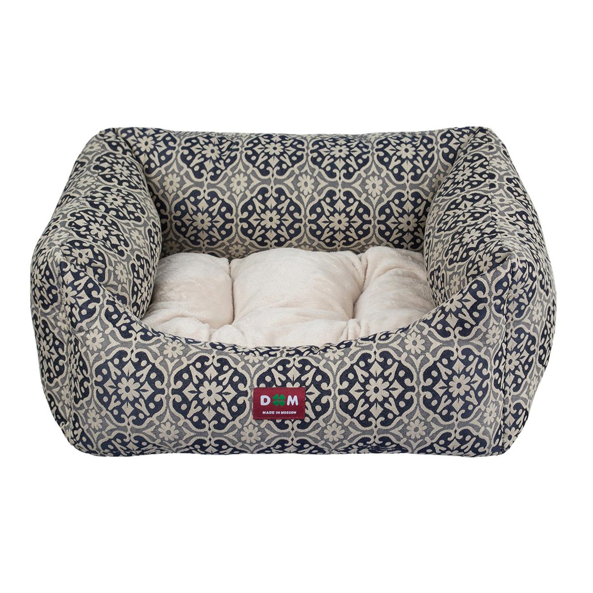 Лежак для животных Dogmoda Венсента. DM-160276DM-160276Лежак для собак, это уютное спальное место для вашего питомца. Если у вас маленькая собака, то ей прекрасно подойдет данная модель лежака, он изготовлен из приятной ткани с удобной, мягкой подушкой. Этот лежак станет любимым местом для вашего четвероного друга дома, на даче и в квартире.