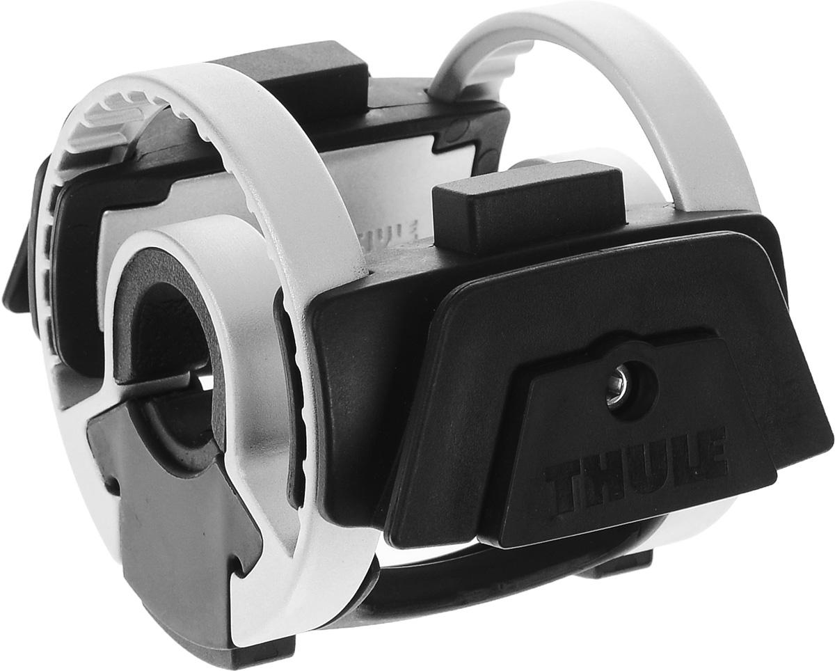 Универсальный держатель Thule Handlebar для сумок-чехлов на руль вело100037Держатель Thule Pack'n Pedal на руль велосипеда — это запатентованная система для установки аксессуаров на руль велосипеда. Установка и снятие сумок и аксессуаров с помощью однократного нажатия. Изготавливается из высококачественных материалов, совместим с любыми типами велосипедов.