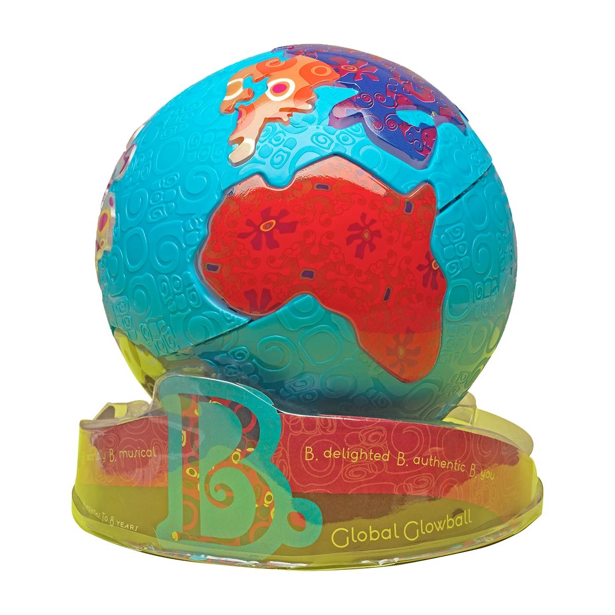 B.Dot Интерактивная игрушка Светящийся глобус68655Светящийся глобус B.Dot - это полезный и интересный подарок для вашего ребенка. Нажмите на любой островок глобуса и вы услышите музыку, которая является визитной карточкой для данного континента. Включите режим огни и глобус будет светиться как ночник, с которым вашему малышу будет не страшно спать. Всего 39 песен с семи континентов. Если вы не будете трогать игрушку 20 минут и более, она отключается, что позволит экономить батарейки. Все элементы выполнены из прочного пластика. Такая игрушка развивает воображение, позволяет узнать информацию о континентах, а также познакомиться с формой нашей планеты. Для работы потребуются 3 батарейки типа AAA(в комплект входят).