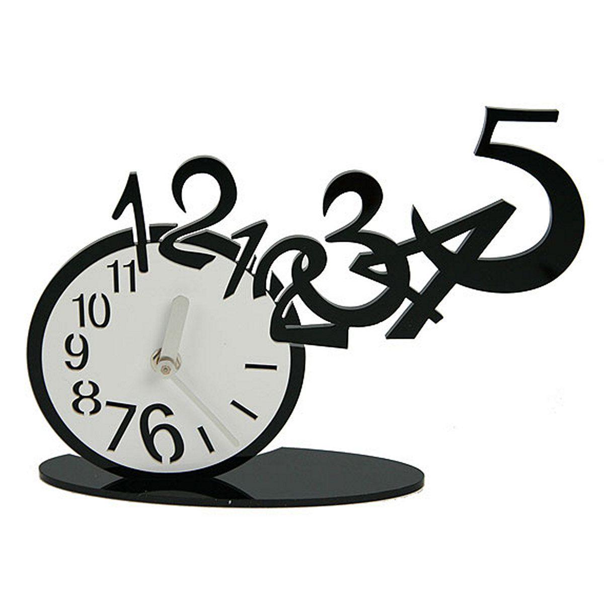 Часы настольные Русские Подарки, 26 х 16 см. 122423122423Настольные кварцевые часы Русские Подарки изготовлены из полиамида. Корпус оригинально оформлен. Часы имеют две стрелки - часовую и минутную. Такие часы украсят интерьер дома или рабочий стол в офисе. Также часы могут стать уникальным, полезным подарком для родственников, коллег, знакомых и близких. Часы работают от батареек типа АА (в комплект не входят).