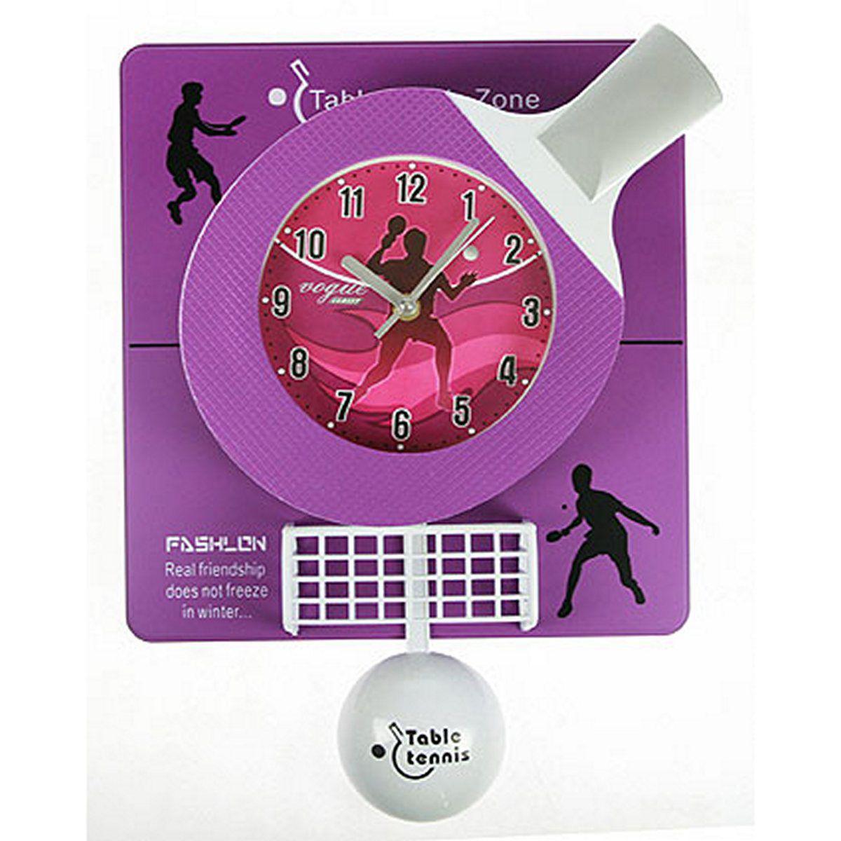 Часы настенные Русские Подарки Теннис, 31 х 6 х 42 см. 222425222425Настенные кварцевые часы Русские Подарки Теннис изготовлены из пластика. Корпус оригинально оформлен элементами игры в теннис. Часы имеют три стрелки - часовую, минутную и секундную. С обратной стороны имеется петелька для подвешивания на стену. Такие часы красиво и необычно оформят интерьер дома или офиса. Также часы могут стать уникальным, полезным подарком для родственников, коллег, знакомых и близких. Часы работают от батареек типа АА (в комплект не входят).