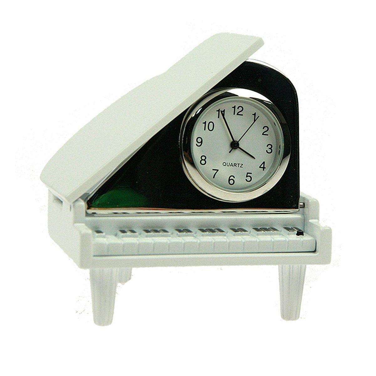 Часы настольные Русские Подарки Рояль. 2243122431Настольные кварцевые часы Русские Подарки Рояль изготовлены из металла. Изделие оригинально оформлено. Часы имеют три стрелки - часовую, минутную и секундную. Такие часы украсят интерьер дома или рабочий стол в офисе. Также часы могут стать уникальным, полезным подарком для родственников, коллег, знакомых и близких. Часы работают от батареек типа SR626 (в комплект не входят).