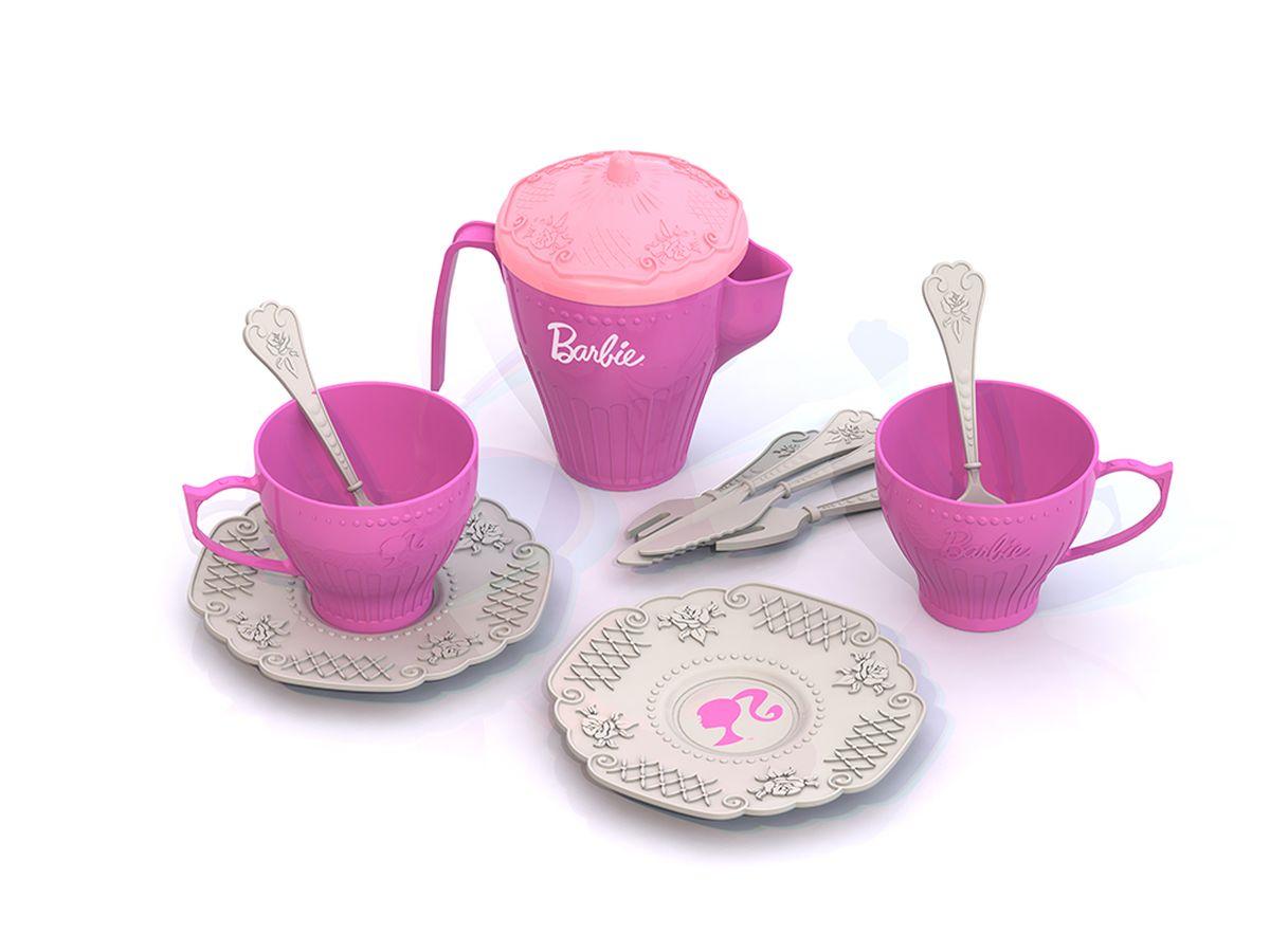 Нордпласт Набор детской посуды Barbie 12 предметовН-638-noBarbie Набор чайной посудки Барби 12 предметов - набор кухонной посуды от компания Нордпласт выполненный в стиле Барби. Нежного сиреневого цвета с тонким кружевным узором. В комплекте 12 предметов: кофейник, чашки, блюдца, ложечки. Материал пластмасса, упаковка сеточка.