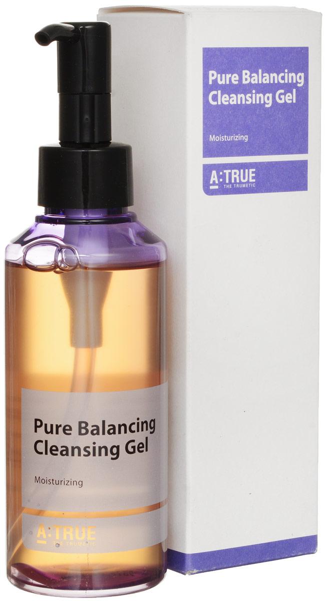 A-True Гель для умывания очищающий, 150 млAT860095Нежный балансирующий гель для лица эффективно и деликатно удаляет остатки макияжа и загрязнения, не нарушая водный баланс кожи. Создает комфорт и обновление кожи, препятствует сухости и обезвоживанию. Гипоаллергенная формула средства поддерживает естественный липидный барьер кожи, выравнивает ее рельеф. Гель содержит гиалуроновую кислоту, экстракт огуречника, масло апельсина, трегалозу, экстракт фасоли, бета-глюкан. Гиалуроновая кислота избавляет от шелушения, стянутости, усиливает метаболизм, поддерживает водный баланс. Активизирует выработку коллагена. Экстракт огуречника осветляет кожу, поддерживает ее эластичность. Масло апельсина убирает мышечное напряжение, выводит токсины, нормализует жирность. Трегалоза защищает клеточные мембраны, подавляя связанные со старением образования летучих альдегидов. Экстракт фасоли активизирует микроциркуляцию крови, улучшает тонус кожи. Бета-глюкан активирует макрофаги кожи, что ведет к ускорению обновления клеток. Всесезонное средство. При...