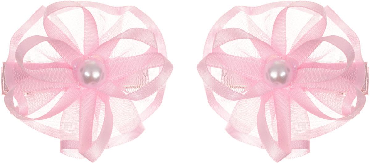 Babys Joy Заколка для волос цвет светло-розовый 2 шт K 5К 5_светло-розовыйЗаколка для волос Babys Joy выполнена из металла и украшена текстильным цветком с перламутровой бусиной в центре. Заколка позволит не только убрать непослушные волосы с лица, но и придать образу немного романтичности и очарования. Заколка для волос Babys Joy подчеркнет уникальность вашей маленькой модницы и станет прекрасным дополнением к ее неповторимому стилю. В комплекте 2 заколки.