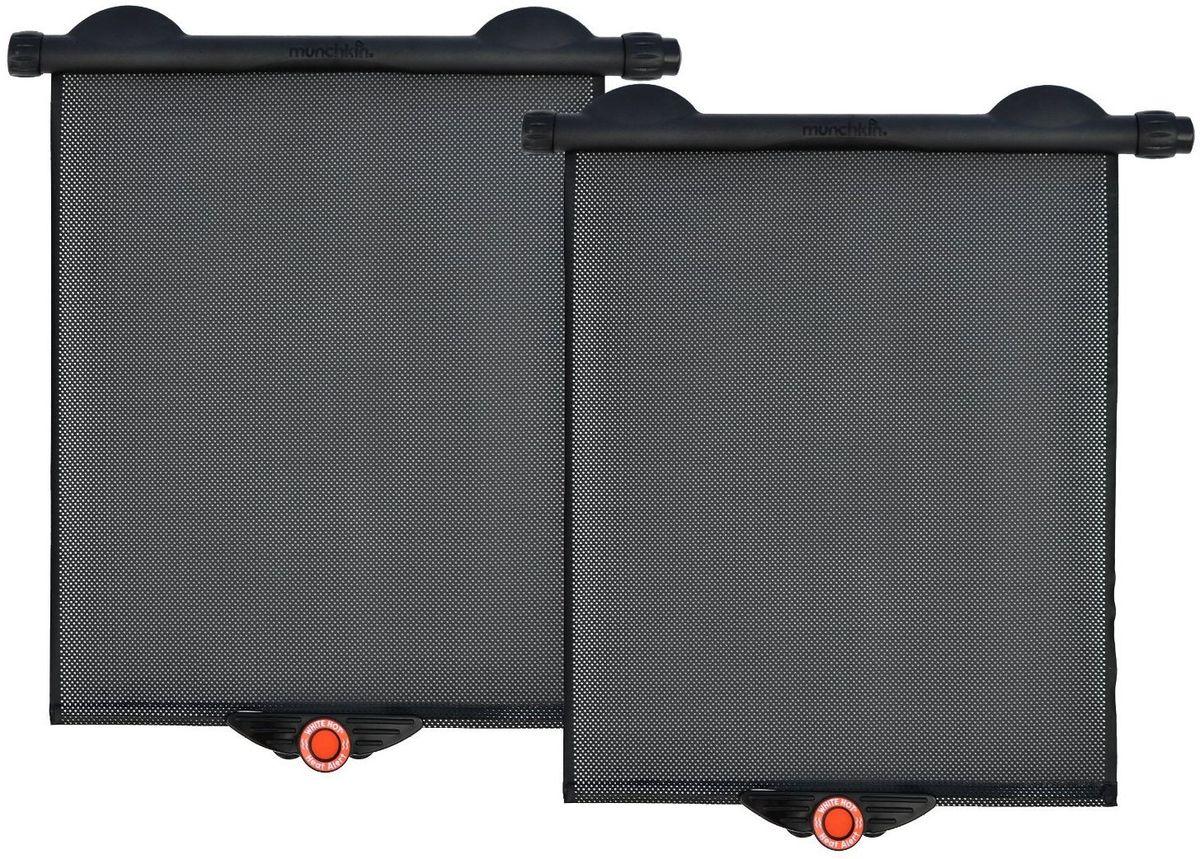 Munchkin Аксессуар для автокресла солнцезащитная штора 2 шт12303Солнцезащитные шторки Munchkin White Hot Солнцезащитная шторка;White Hot предназначена для защиты ребенка от солнца во время поездки в автомобиле. Шторку можно прикрепить к стеклу 2-мя удобными способами: с помощью присосок и специальных клипс для крепления. Одним нажатием кнопки рулонная шторка опускается вниз и фиксируется на стекле, так же просто закатывается наверх. Подходит к стеклу практически любой формы и размера. Шторка оснащена запатентованной технологией;White Hot® - если в машине становится слишком жарко, красный индикатор температуры внизу шторки становится белым, значит пора охладить автомобиль! Сетчатая поверхность шторки Safe-View™ обеспечивает прекрасный обзор.; в комплекте 2 шторки - защищает от УФ-лучей - крепление 2-мя способами: присоски или специальные клипсы - проста в управлении (нажми и опусти) - подходит к стеклам разных форм и размеров - индикатор;White Hot® оповестит, когда в машине станет жарко - сетчатая поверхность;Safe-View™ обеспечивает хороший обзор -...