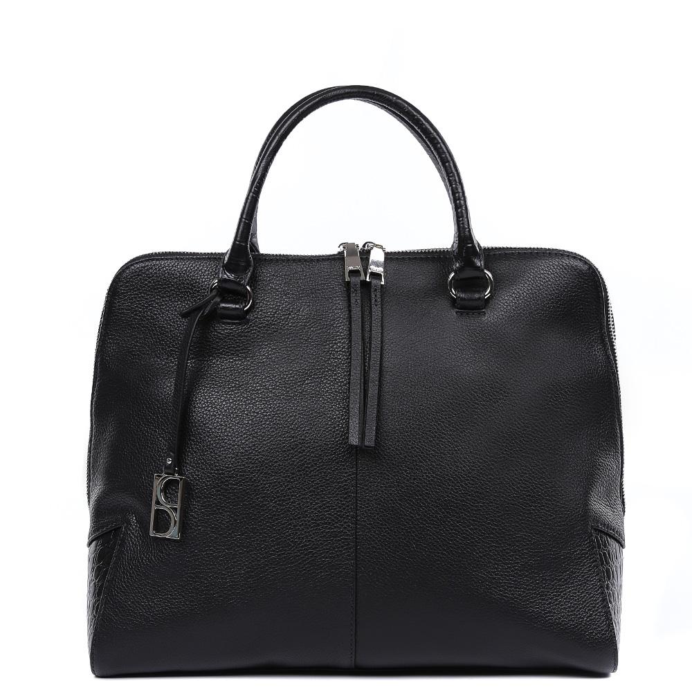 Сумка женская Palio, цвет: черный. 14795A-W1-018/01814795A-W1-018/018 blackСтильная женская сумка от итальянского бренда Fabretti выполнена из натуральной плотной кожи, которая держит форму и имеет мягкую фактуру. Насыщенный черный цвет, элегантные кожаные поводки и фурнитура, выполненная в серебряном цвете, - этот классический дизайн подойдет под любой современный образ и подчеркнет вашу женственность и неповторимость. Сумка имеет одно внутреннее отделение, которое разделяется карманом на два глубоких отсека. Дизайнеры позаботились и об удобстве аксессуара: на внутренних боковых стенках они разместили карманы для различных женских мелочей. Аксессуар компактен, в тоже время вмещает формат A4.