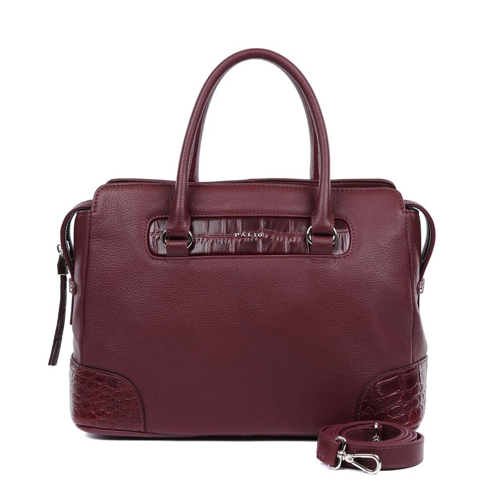Сумка женская Palio, цвет: бордовый. 14748AR-W1-399/39714748AR-W1-399/397 burgundyРоскошная сумка от итальянского бренда Palio выполнена из натуральной плотной кожи, которая держит форму и имеет мягкую фактуру. Утонченный бордовый цвет, изысканная серебряная фурнитура, длинные кожаные поводки – именно такая модель должна быть в гардеробе каждой модницы. В отделке аксессуара дизайнеры использовали изысканное тиснение под рептилию. С такой сумкой вы будете самой элегантной и самой стильной. Сумка имеет одно отделение, которое внутри разделено на два вместительных отсека. Внутри аксессуара вы с легкостью расположите свой сотовый телефон и другие женские мелочи за счет удобных отделений. Изделие не вмещает формат A4. В комплекте аксессуар имеет тонкий кожаный ремешок, благодаря чему сумку можно носить на плече.