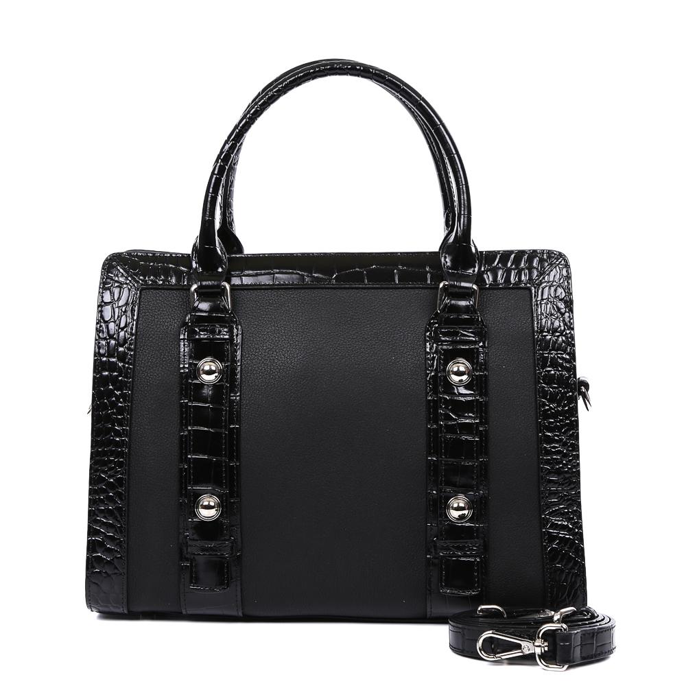 Сумка женская Leo Ventoni, цвет: черный. 2300443023004430-neroИзысканная сумка от итальянского бренда Leo Ventoni выполнена из натуральной плотной кожи, которая держит форму и имеет мягкую фактуру. Утонченный черный цвет в сочетании с лакированой кожей, изысканная серебряная фурнитура, – именно такая модель должна быть в гардеробе каждой модницы. В отделке аксессуара дизайнеры использовали ультрамодное тиснение под рептилию. С такой сумкой вы будете самой элегантной и самой стильной. Аксессуар имеет одно отделение, которое внутри разделено на два вместительных отсека. Внутри модели вы с легкостью расположите свой сотовый телефон и другие женские мелочи за счет удобных отделений. Изделие не вмещает формат A4. В комплекте аксессуар имеет тонкий кожаный ремешок, благодаря чему сумку можно носить на плече.