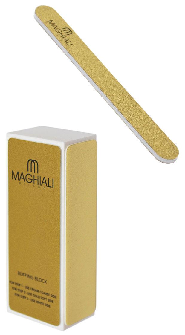 Maghiali Комплект баффер и пилка для ногтейУТ-00000145Полировочный бафф для ногтей предназначен для итогового выравнивания ногтевой пластины и удаления мелких бороздок. Имеет несколько граней с различным покрытием. Специалист или вы сами можете обрабатывать ногти этими участками в определенной последовательности. Не идеально ровную поверхность ногтей можно отшлифовать более жесткой стороной баффа. Если же ноготки ровные, их можно только слегка обработать самой мягкой стороной. Четырехсторонняя пилка для полировки ногтей служит для создания идеальной формы ногтевой пластины. После применения ноготки выглядят красивыми и ухоженными. Бафф имеет 4 стороны: 2 кремовые, золотую и белую. Они различаются материалом изготовления и степенью жесткости — изучите способы и частоту применения каждой из трех сторон баффа: