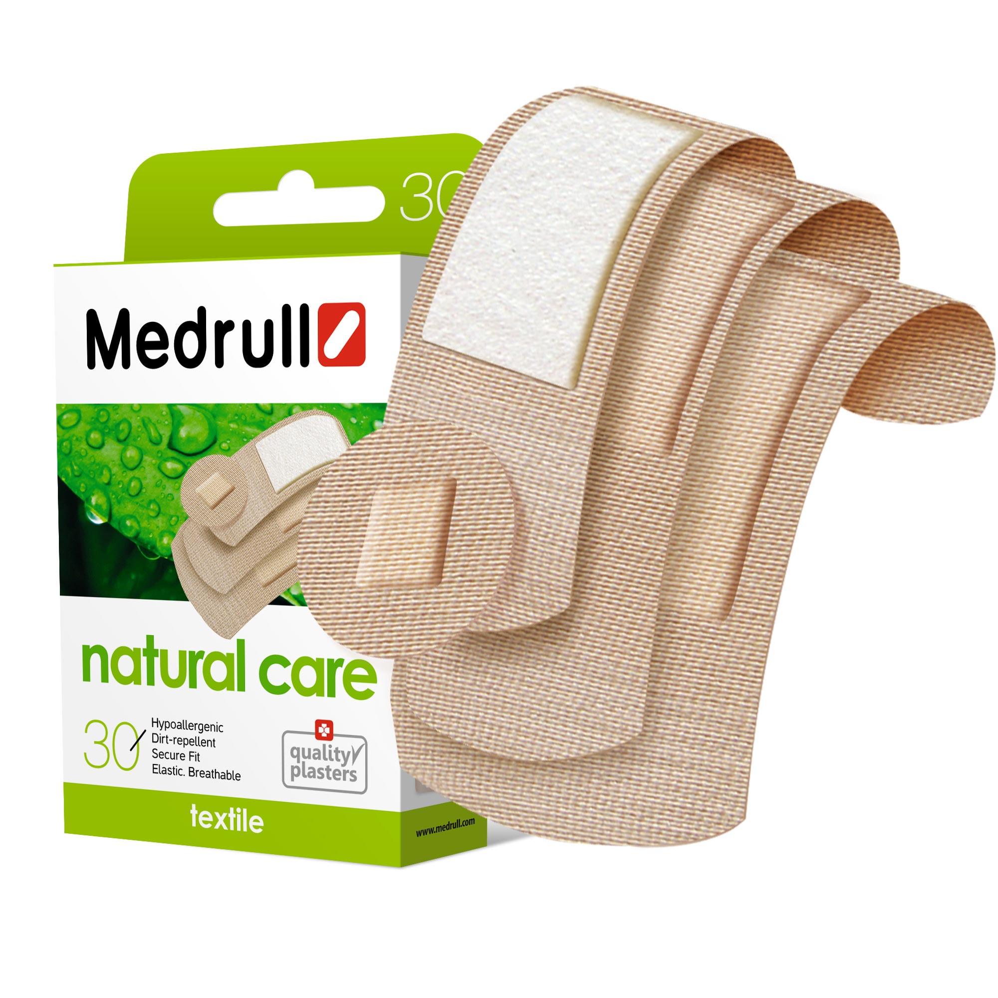 Medrull Набор пластырей Natural Care, №304742225004512Гипоаллергенные пластыри, предназначенные для людей, кожа которых, чувствительна к факторам окружающей среды. Пластыри изготовлены из приятного для кожи эластичного,текстильного материала, в состав которого входит - 65% хлопок, 35% полиамид, благодаря чему, возможность появления аллергии снижена до минимума. Свойства пластыря: грязенепроницаемые, гипоаллергенные, эластичные, дышащие, плотно прилегающие. Абсорбирующая подушечка изготовлена из вискозы и обладает высокой впитываемостью. Верхняя часть подушечки обработана полипропиленом, что защищает от вероятности прилипания пластыря к поврежденной поверхности кожи.