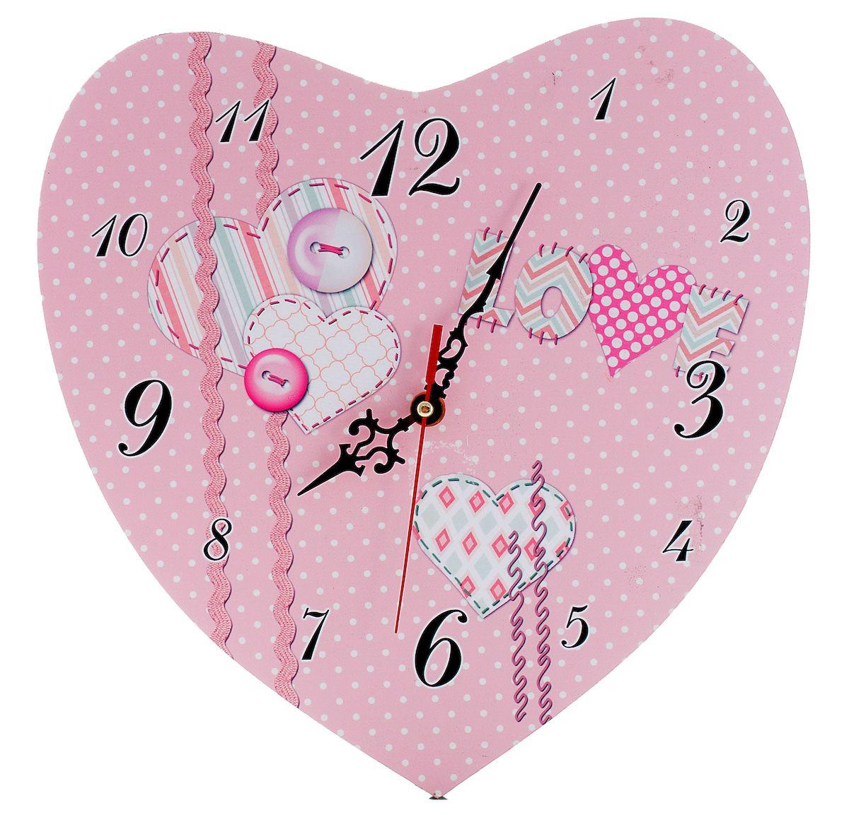 Часы настенные Русские Подарки Сердце, диаметр 30 см. 3824238242Настенные кварцевые часы Русские Подарки Сердце изготовлены из МДФ. Корпус оригинально оформлен в виде сердечка. Часы имеют три стрелки - часовую, минутную и секундную. С обратной стороны имеется петелька для подвешивания на стену. Такие часы красиво и необычно оформят интерьер дома или офиса. Также часы могут стать уникальным, полезным подарком для родственников, коллег, знакомых и близких. Часы работают от батареек типа АА (в комплект не входят).